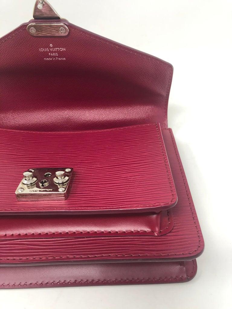 Louis Vuitton Epi Monceau BB Fushia Crossbody For Sale 3