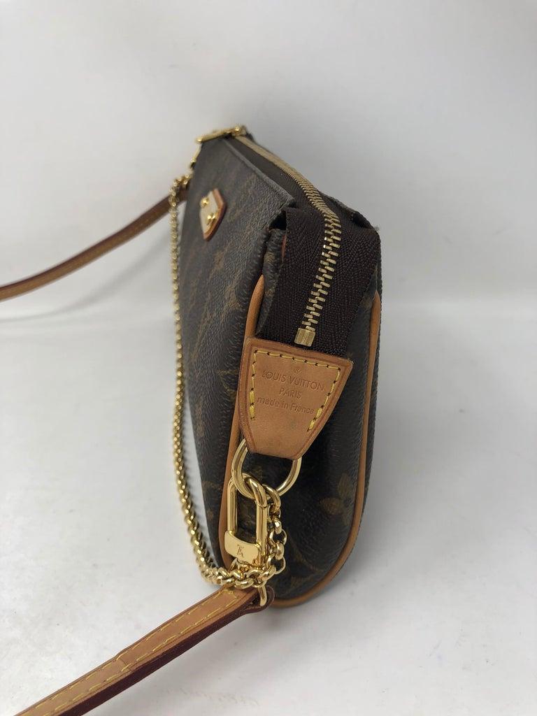Louis Vuitton Eva Clutch  For Sale 1