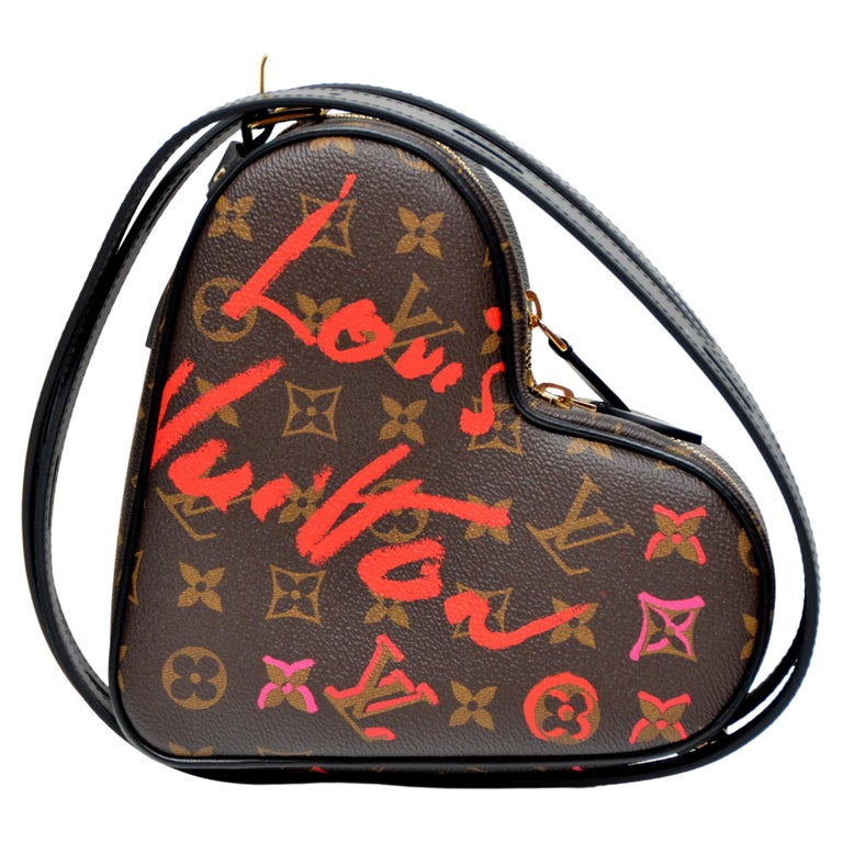 Louis Vuitton Fall In Love Coeur Monogram Heart Bag Limited Edition  NEW With Tg For Sale