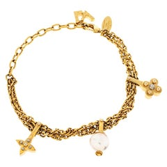 Louis Vuitton Faux Pearl Charm Gold Tone Chain Link Bracelet