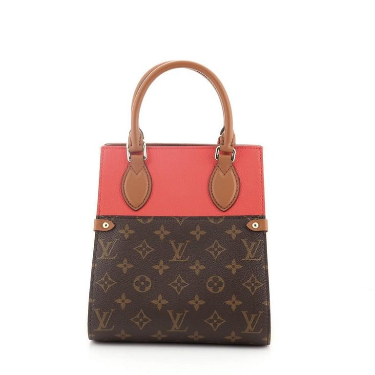 Louis Vuitton Fold Tote Monogram Canvas and Leather PM In Good Condition For Sale In New York, NY