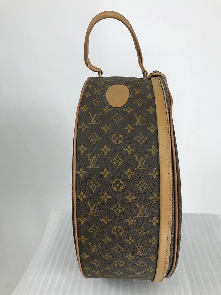 Louis Vuitton for The French Co. 50cm Boite Chapeaux Round Hat Box Rare  In Fair Condition For Sale In West Palm Beach, FL