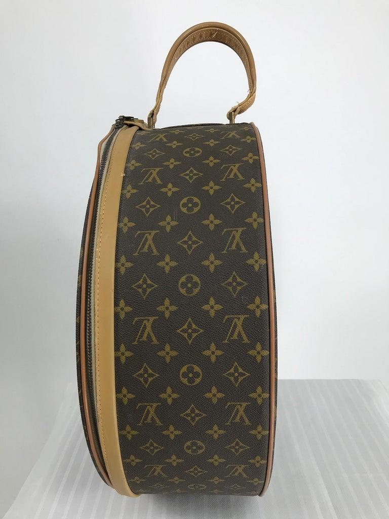 Women's or Men's Louis Vuitton for The French Co. 50cm Boite Chapeaux Round Hat Box Rare  For Sale