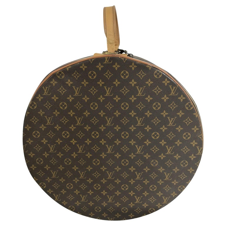 Louis Vuitton for The French Co. 50cm Boite Chapeaux Round Hat Box Rare  For Sale