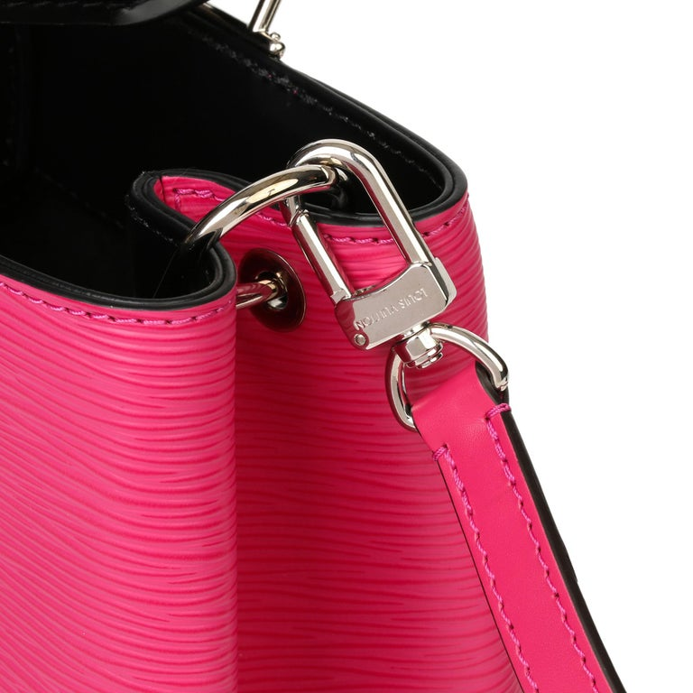Louis Vuitton Freesia & Black Epi Leather Kleber PM  For Sale 1