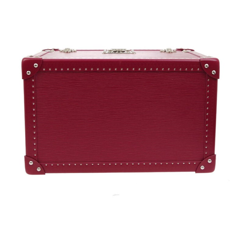 Louis Vuitton Fuchsia Pink Leather Travel Vanity Top Handle Storage Box Trunk In Good Condition For Sale In Chicago, IL