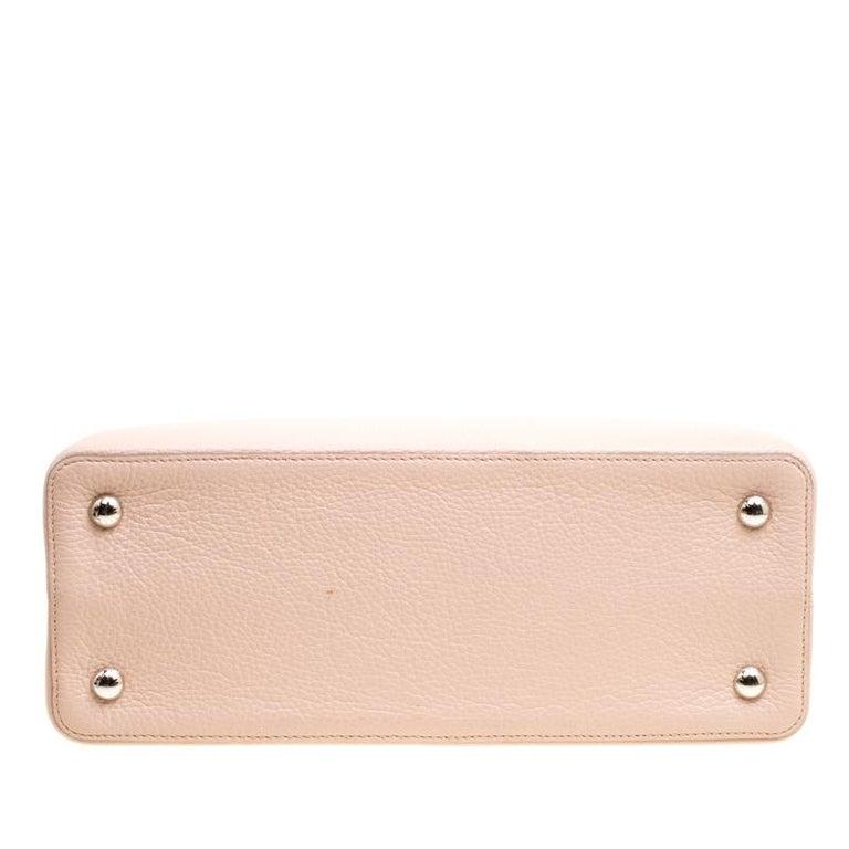 Louis Vuitton Galet Taurillon Leather Capucines MM Bag For Sale 1