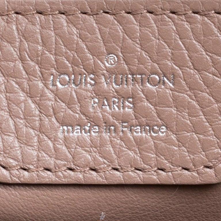 Louis Vuitton Galet Taurillon Leather Capucines MM Bag For Sale 4