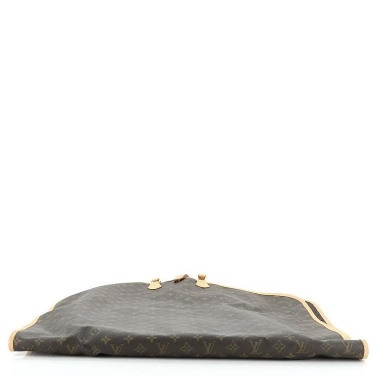 Louis Vuitton Garment Cover Monogram Canvas In Good Condition For Sale In New York, NY