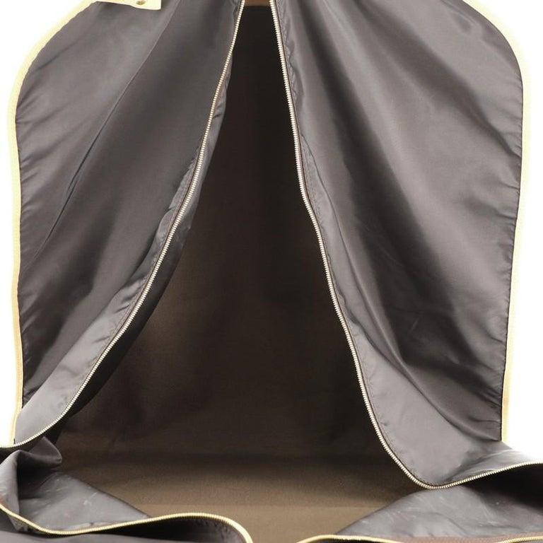 Women's or Men's Louis Vuitton Garment Cover Monogram Canvas For Sale