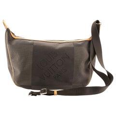 Louis Vuitton Geant Explorateur Shoulder Bag Geant Canvas