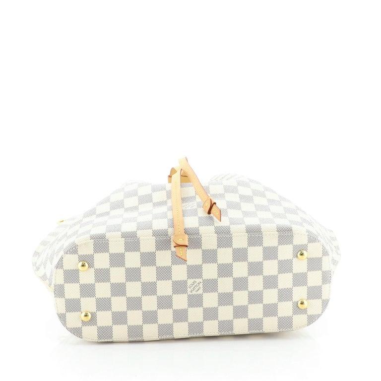 Women's or Men's Louis Vuitton Girolata Handbag Damier For Sale