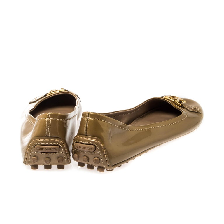Brown Louis Vuitton Gold Patent Leather Oxford Ballet Flats Size 40.5 For Sale