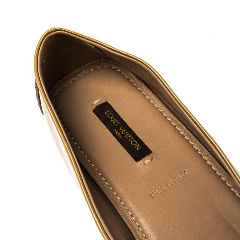 Louis Vuitton Gold Patent Leather Oxford Ballet Flats Size 40.5 For Sale 2