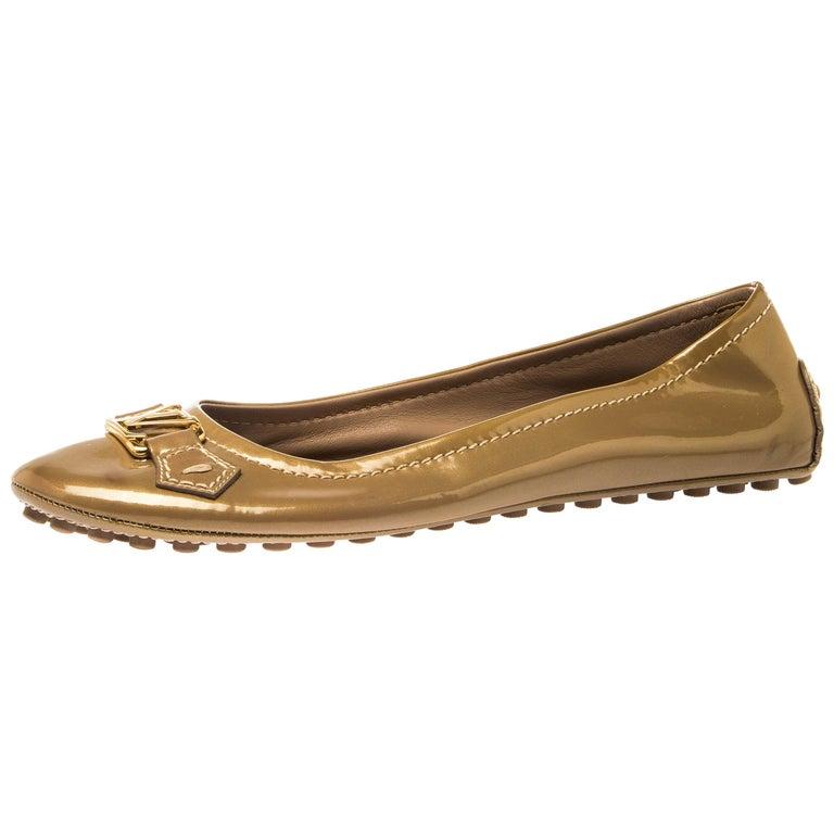 Louis Vuitton Gold Patent Leather Oxford Ballet Flats Size 40.5 For Sale