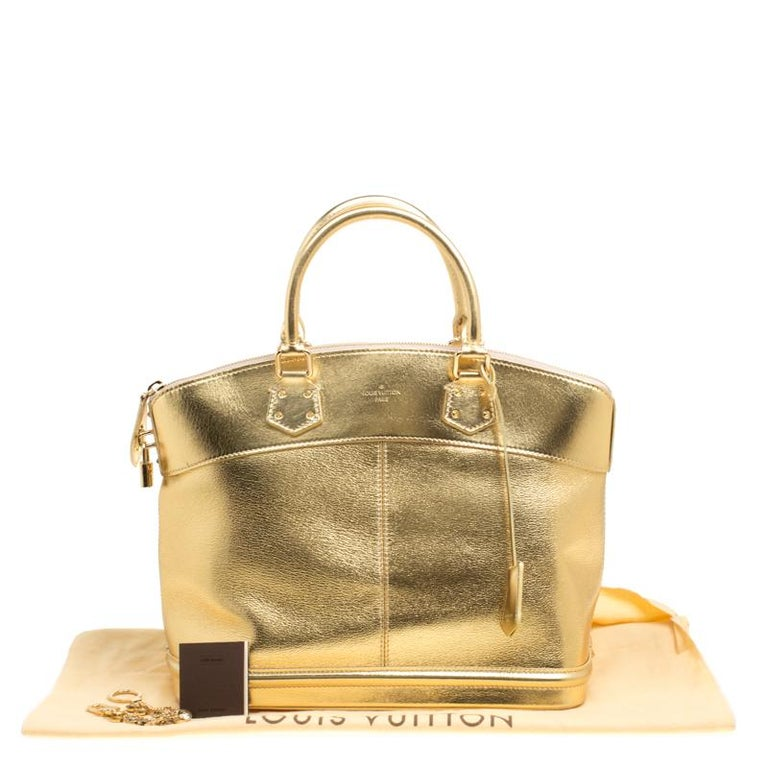 Louis Vuitton Gold Suhali Leather Lockit MM Bag For Sale 8