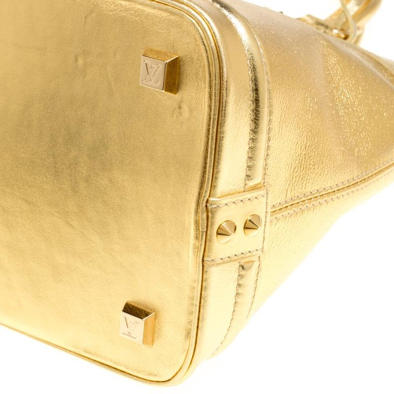 Louis Vuitton Gold Suhali Leather Lockit MM Bag For Sale 1