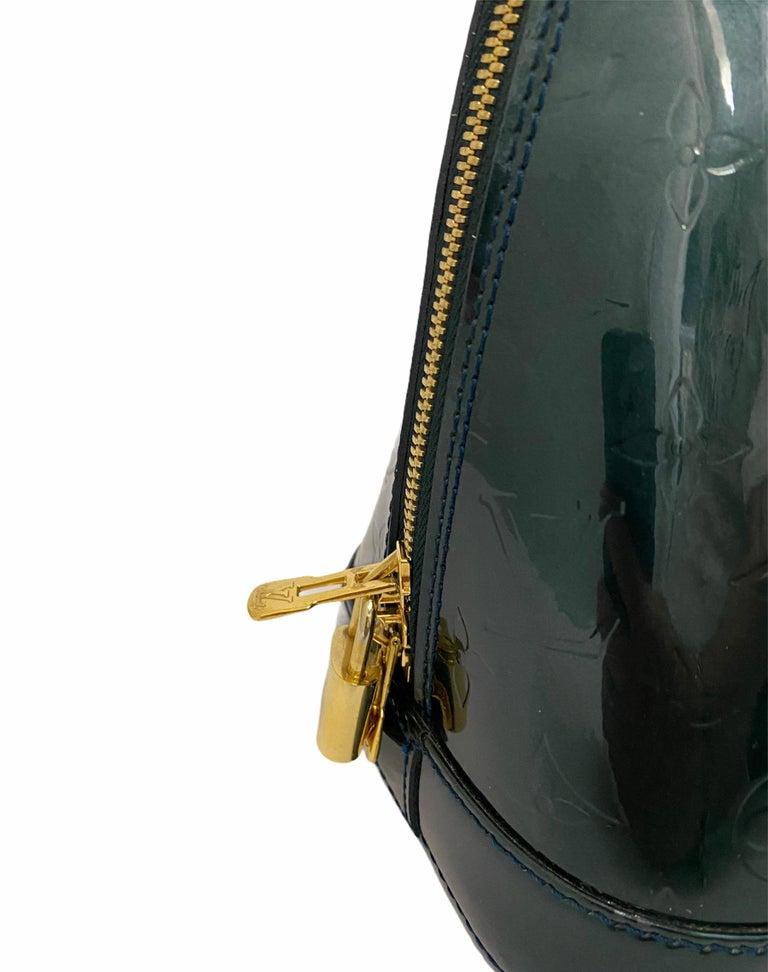 Louis Vuitton Green Vernice Alma MM Bag For Sale 1