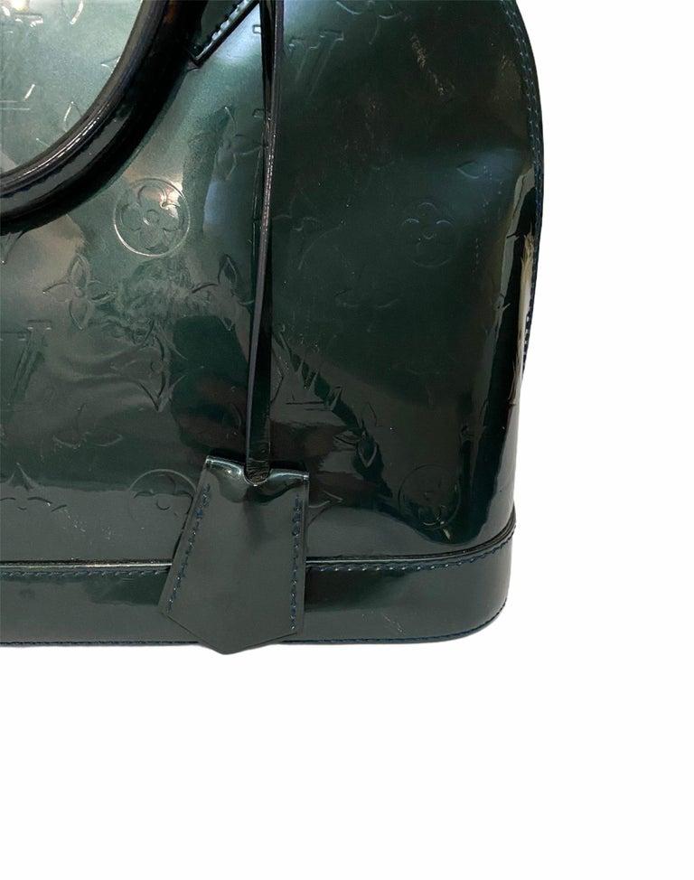 Louis Vuitton Green Vernice Alma MM Bag For Sale 2