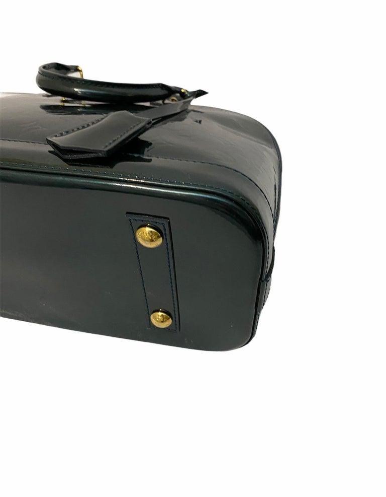 Louis Vuitton Green Vernice Alma MM Bag For Sale 3