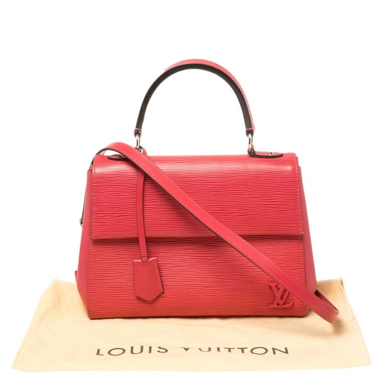 Louis Vuitton Grenade Epi Leather Cluny BB Bag For Sale 6