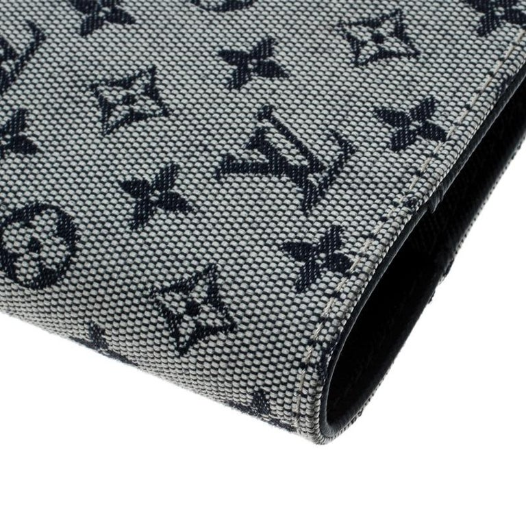 Louis Vuitton Grey Monogram Canvas Small Ring Agenda Cover For Sale 2