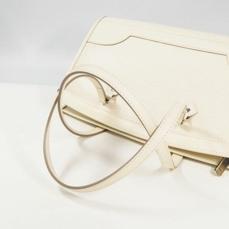 LOUIS VUITTON handbag Madeleine PM Womens shoulder bag M5933J Yvoire For Sale 2