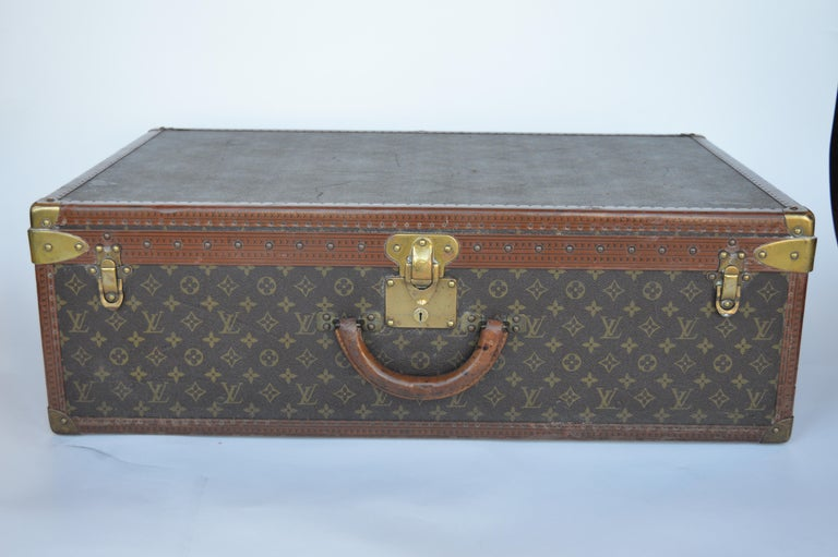 Louis Vuitton Hard Trunk In Good Condition For Sale In Los Angeles, CA