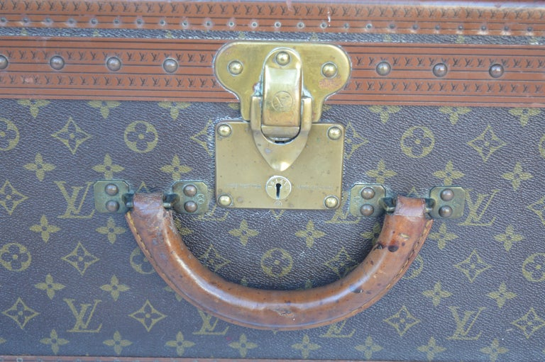 20th Century Louis Vuitton Hard Trunk For Sale