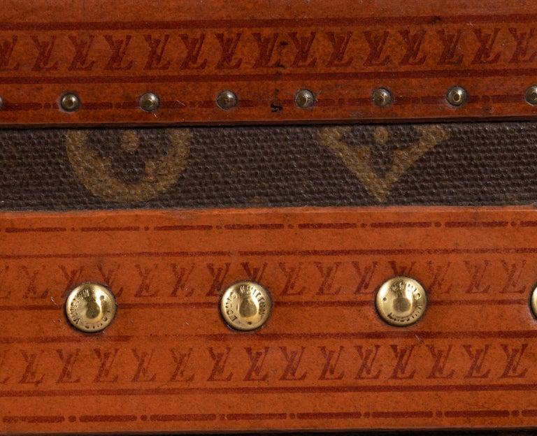 Leather Louis Vuitton Hatbox, 1930s-1940s For Sale