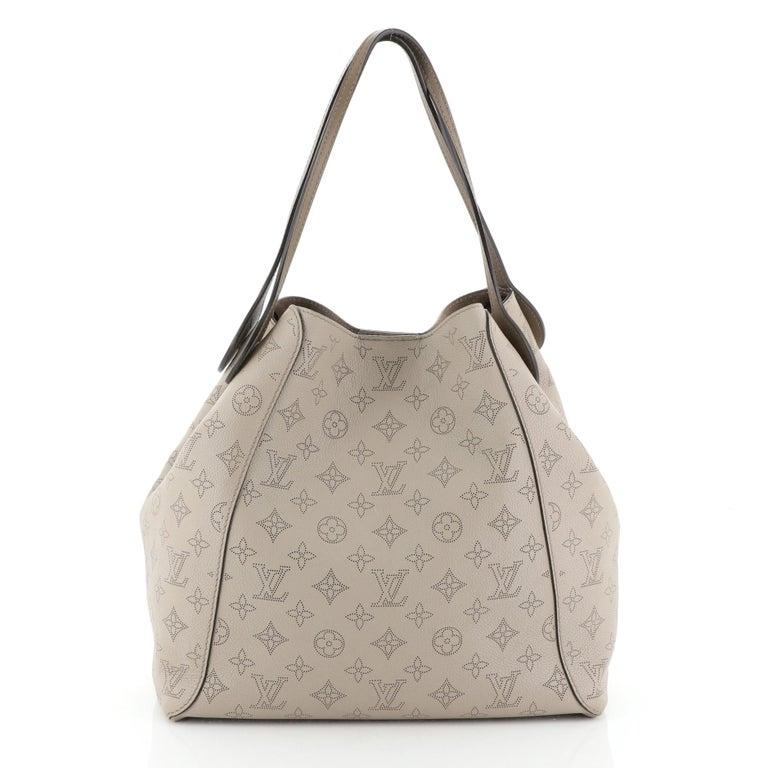 Women's or Men's Louis Vuitton Hina Handbag Mahina Leather MM For Sale