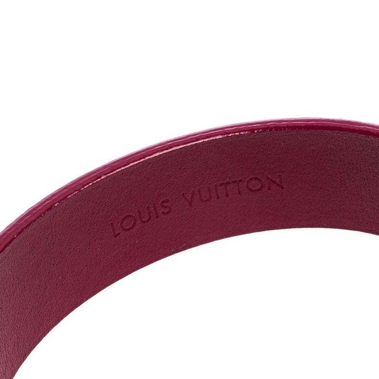 Contemporary Louis Vuitton Indian Rose Epi Leather Spirit Bracelet 17CM For Sale