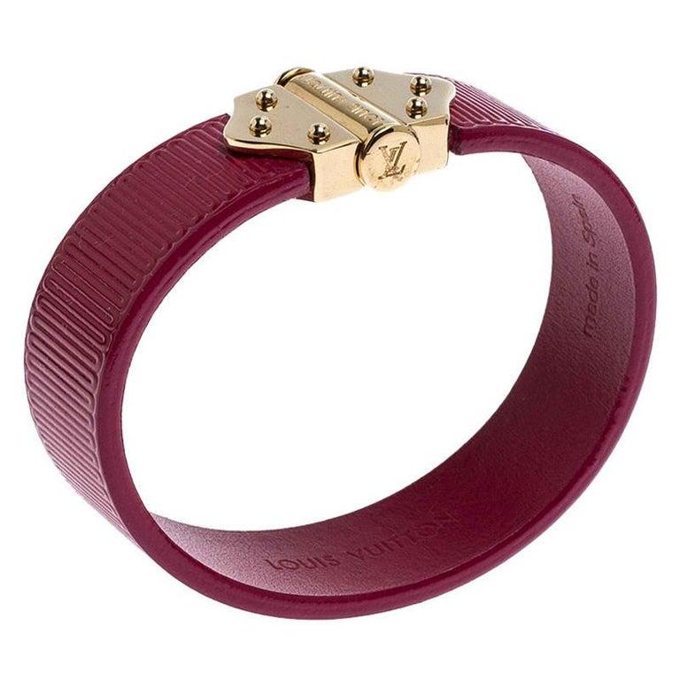 Women's Louis Vuitton Indian Rose Epi Leather Spirit Bracelet 17CM For Sale