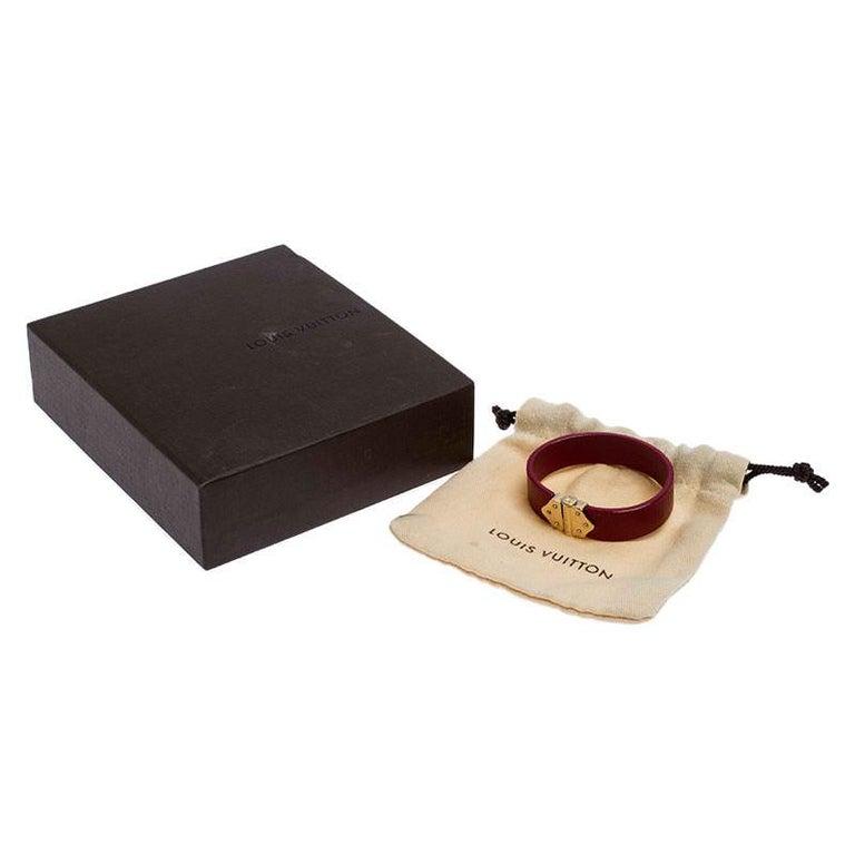 Louis Vuitton Indian Rose Epi Leather Spirit Bracelet 17CM For Sale 2