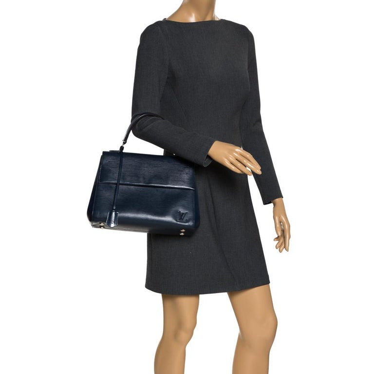 Black Louis Vuitton Indigo Epi Leather Cluny MM Bag For Sale