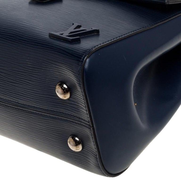 Louis Vuitton Indigo Epi Leather Cluny MM Bag 2