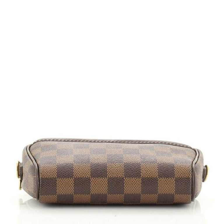 Women's or Men's Louis Vuitton Ipanema Pochette Damier For Sale