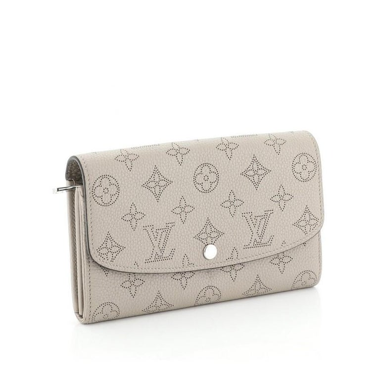 Beige Louis Vuitton Iris Wallet NM Mahina Leather For Sale
