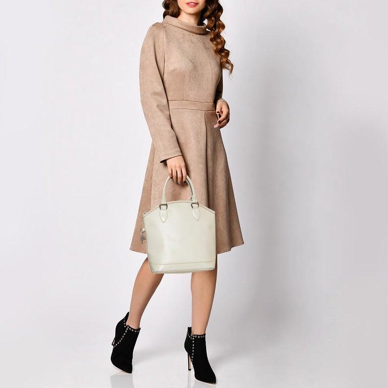 Beige Louis Vuitton Ivorie Epi Leather Lockit Vertical Bag For Sale