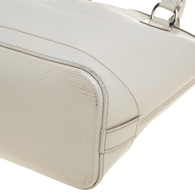 Louis Vuitton Ivorie Epi Leather Lockit Vertical Bag For Sale 1