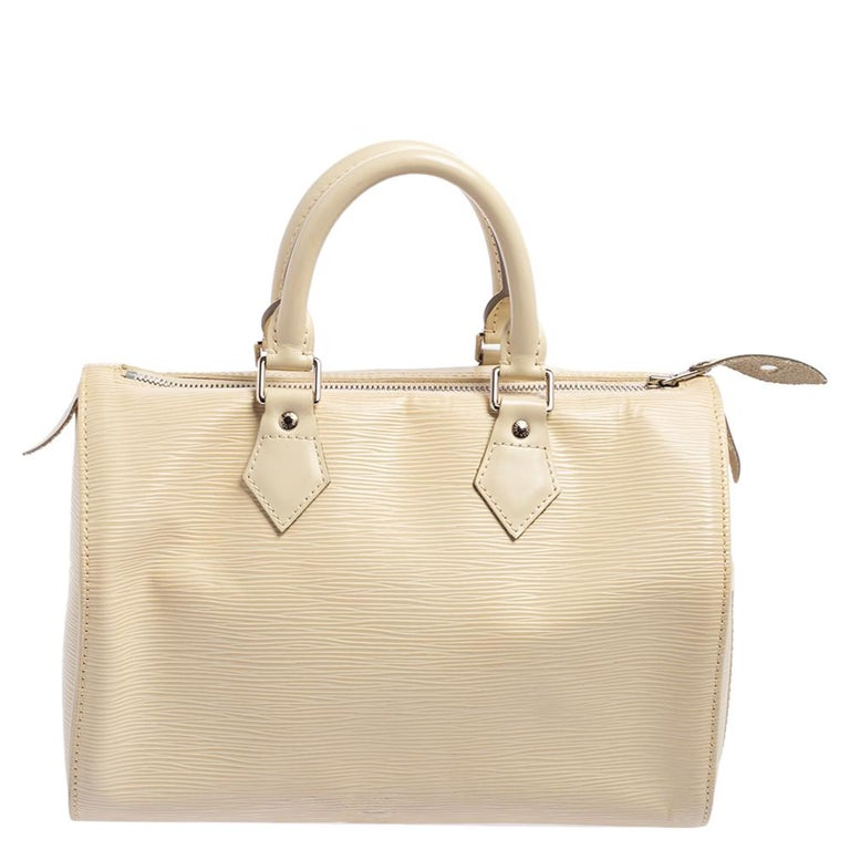 Titled as one of the greatest handbags in the history of luxury fashion, the Speedy from Louis Vuitton was first created for everyday use as a smaller version of their famous Keepall bag. This Speedy comes crafted from signature Epi leather with two