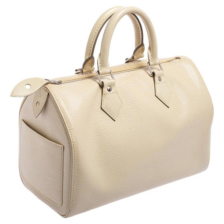 Louis Vuitton Ivory Epi Leather Speedy 25 In Good Condition For Sale In Dubai, Al Qouz 2
