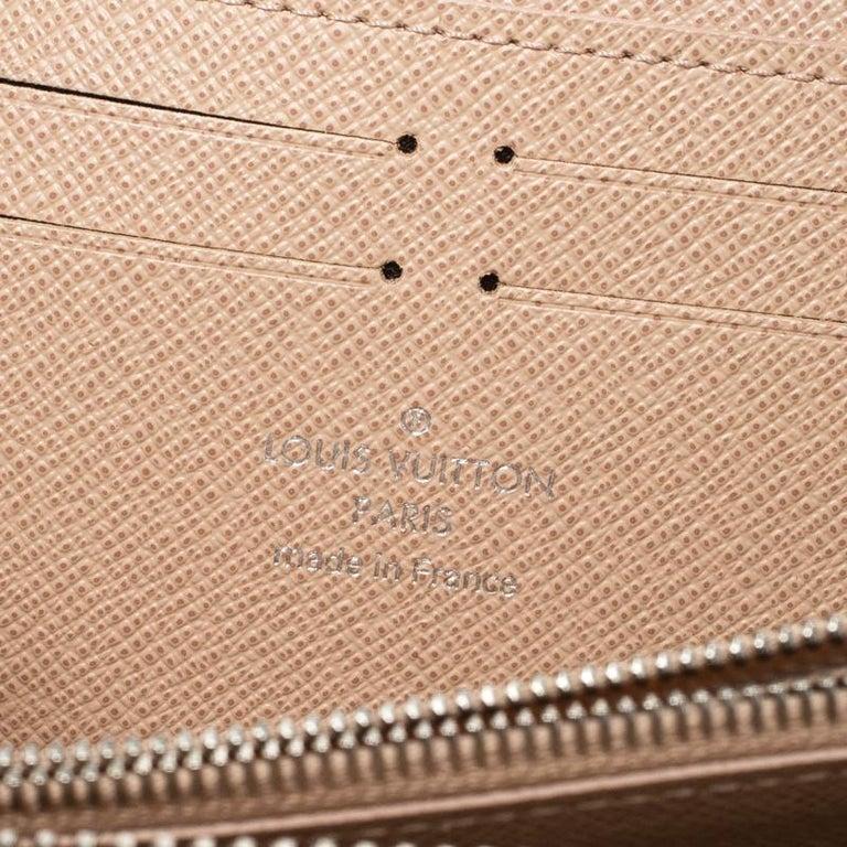 Women's Louis Vuitton Jaune Pale Epi leather Zippy Wallet For Sale
