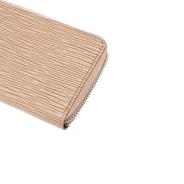 Louis Vuitton Jaune Pale Epi leather Zippy Wallet For Sale 2