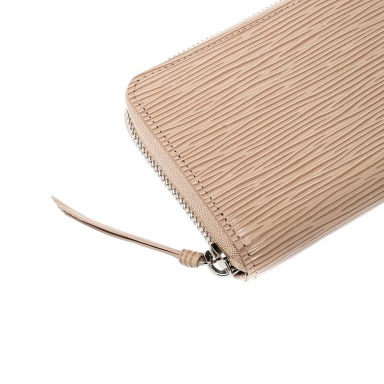 Louis Vuitton Jaune Pale Epi leather Zippy Wallet For Sale 3