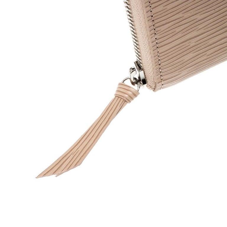 Louis Vuitton Jaune Pale Epi leather Zippy Wallet For Sale 4