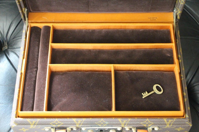 Louis Vuitton Jewelry Case Monogram Canvas, Louis Vuitton Jewelry Trunk For Sale 6