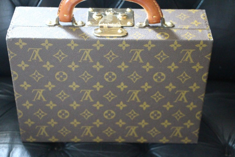 Louis Vuitton Jewelry Case Monogram Canvas, Louis Vuitton Jewelry Trunk In Excellent Condition For Sale In Saint-ouen, FR