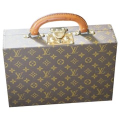 Louis Vuitton Jewelry Case Monogram Canvas, Louis Vuitton Jewelry Trunk
