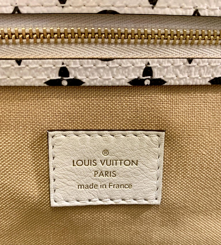 Louis Vuitton Keepall Bandouliere 50 Giant Travel Bag Summer 2019 Duffle Bag For Sale 9